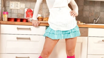 Katarina Dubrova in 'Kitchen Cream Dreams'