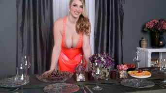 Melissa Manning in 'Centerpiece of Cleavage'